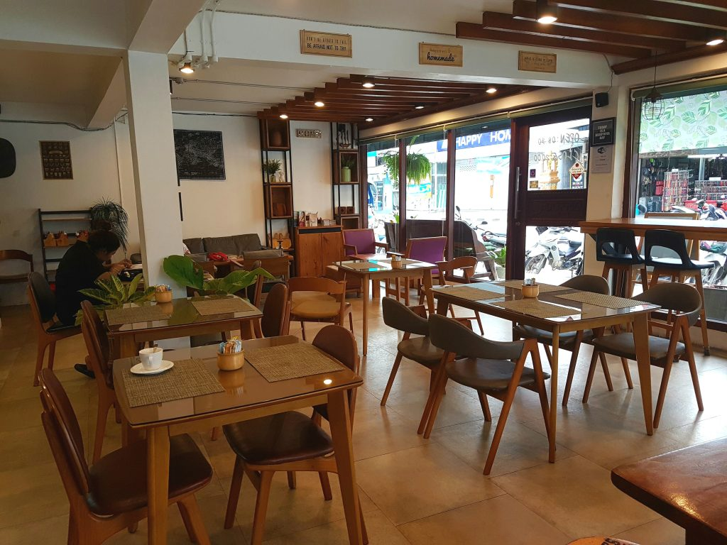 Doppio is definitely one of the top 6 cafes in Koh Phangan
